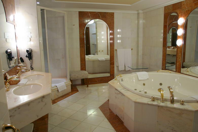 Bathroom Remodeling Woodland Hills Sherman Oaks Bath Renovation - Bathroom remodeling woodland hills ca